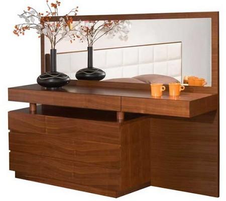 Ремонт и реставрация современной мебели